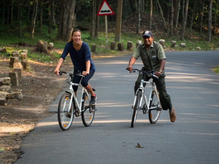 13_Biking with our naturalist