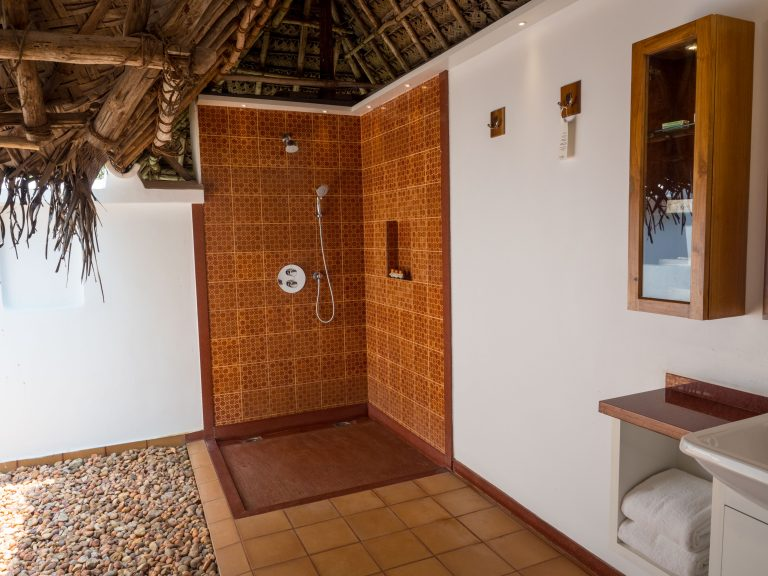 12_Marari Beach Bathroom